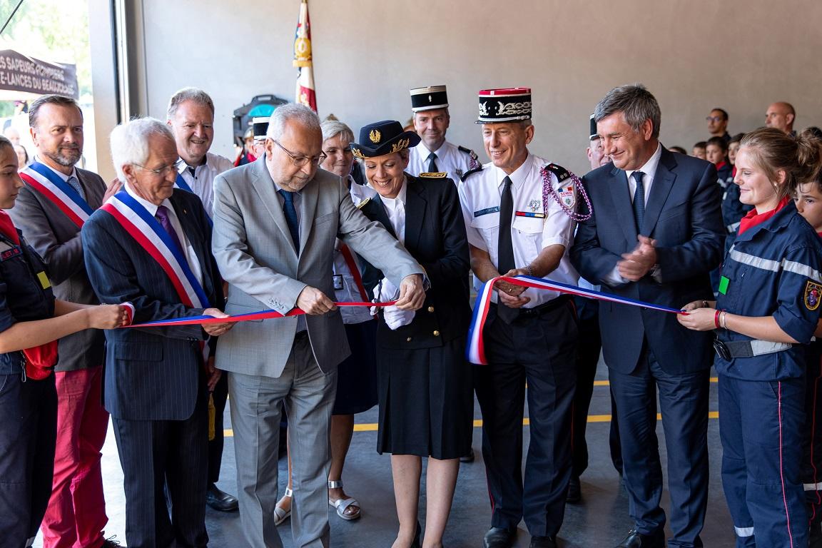 Emeringes: Inauguration de la caserne de pompiers