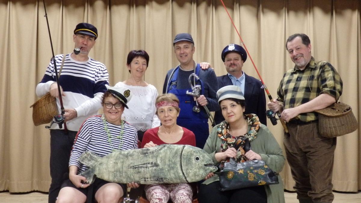 Théâtre à Cenves: Pauvres pêcheurs, un beau succès!
