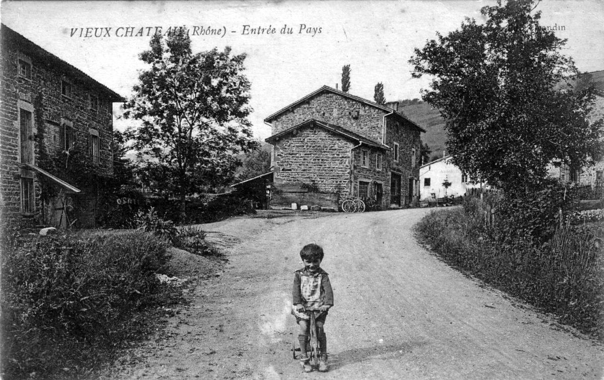 Vieux-Château, un hameau de Cenves